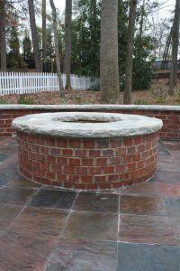 Best 25+ Brick fire pits ideas on Pinterest | Fire pits ...