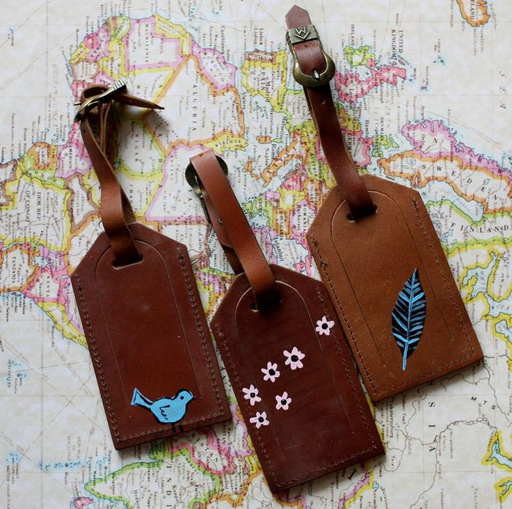 Leather luggage tags from abeautifulmess.com