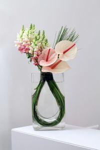 25+ best ideas about Modern flower arrangements on ...