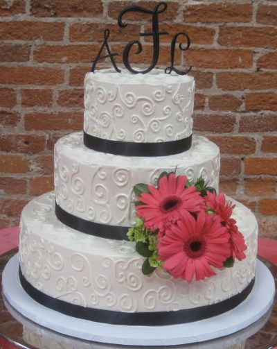 Simple buttercream | Buttercream Wedding Cakes | Pinterest ...
