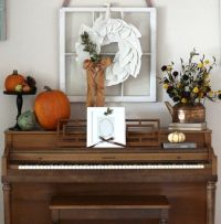 25+ best ideas about Upright piano decor on Pinterest ...