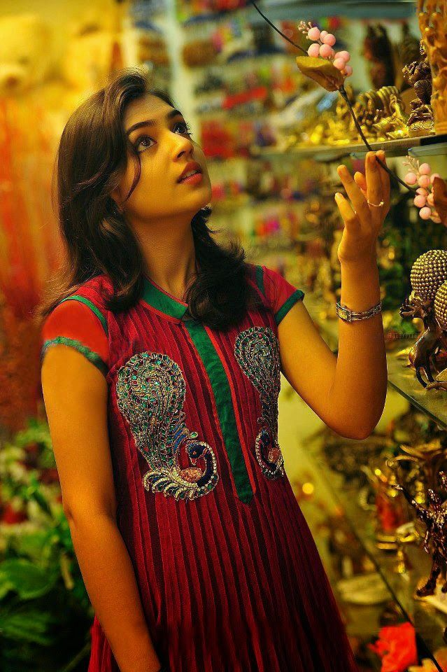 Raja Rani Hd Wallpapers With Quotes 25 Best Ideas About Nazriya Nazim On Pinterest Indian