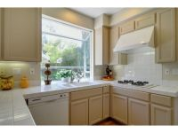 1000+ images about Beige kitchen cabinets on Pinterest ...
