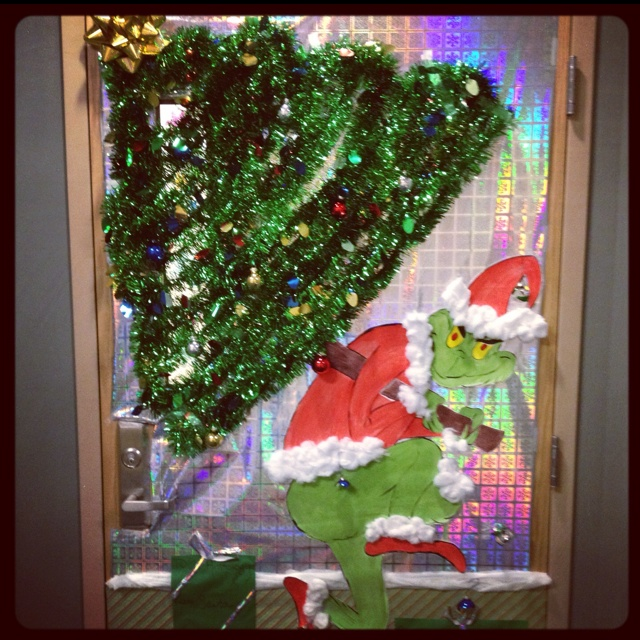The Grinch Christmas Door Decorating Ideas