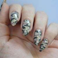 Best 25+ Camouflage nails ideas on Pinterest | Camo nail ...