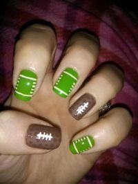 Best 25+ Football nail art ideas on Pinterest | Football ...