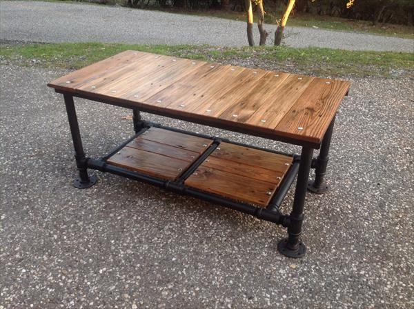 1000+ Ideas About Pallet Furniture Plans On Pinterest   Yard