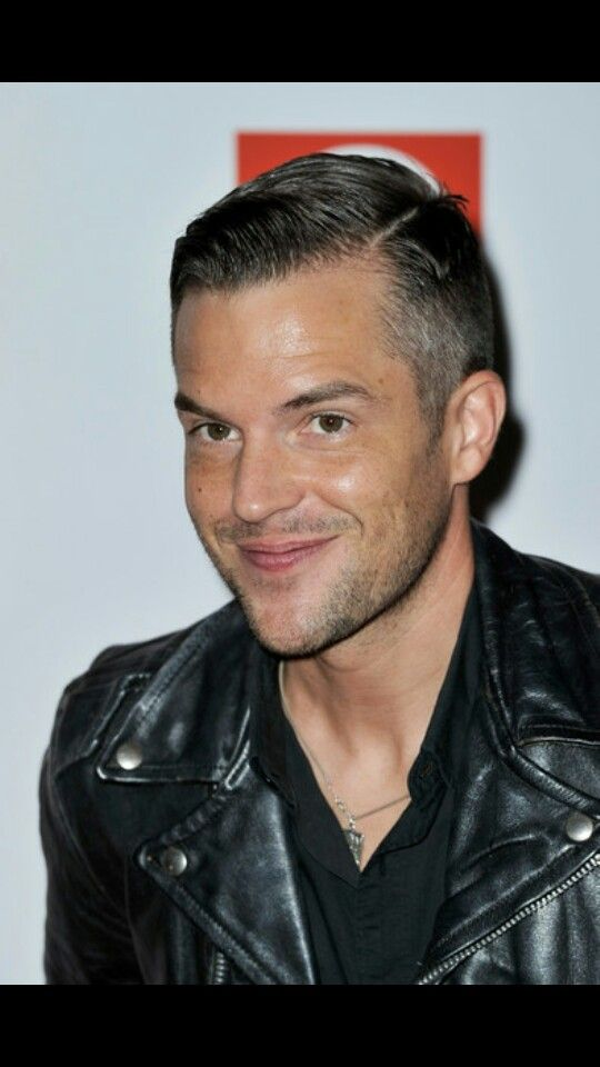 Stylish Hair Style Of Man Name This Haircut Stylish Brandon Flowers Hairstyle