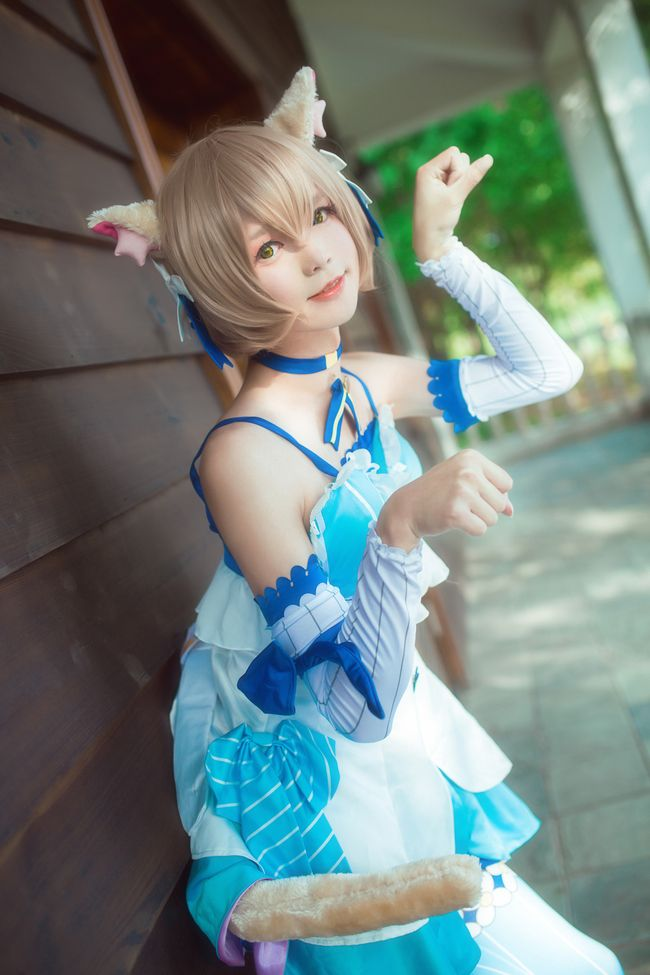 Free 3d Snow Falling Wallpaper Male Cosplayer Nails The Cutest Felix Re Zero Cosplay Ever