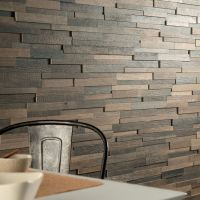 Looks just like a wall covered in #reclaimed wood planks ...