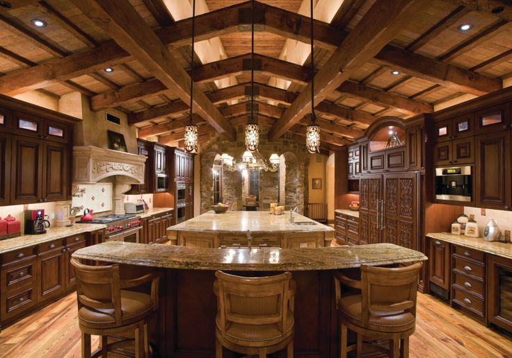 """Beautiful, Warm Color And A Big Kitchen"""" .. """"Awesome And Loaded"""
