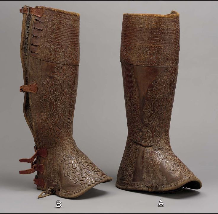 Pair Of Boots West Europe 18th Century Gaiters Or