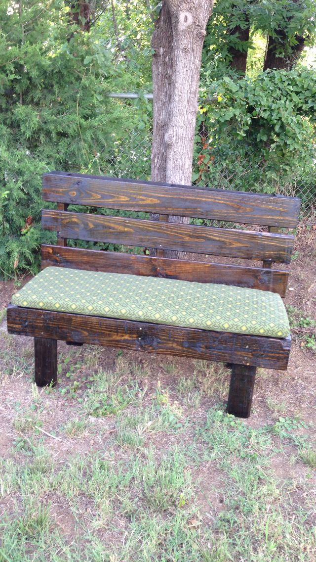 1000+ Ideas About Pallet Benches On Pinterest   Pallet Furniture