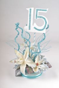 Best 25+ Sweet fifteen ideas on Pinterest | Alice in ...