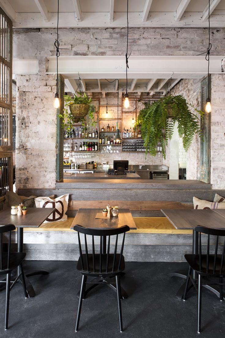 rustic restaurant decor