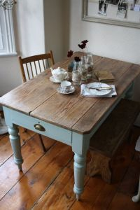 25+ best ideas about Distressed Dining Tables on Pinterest ...