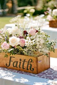 25+ best ideas about Shabby chic centerpieces on Pinterest ...
