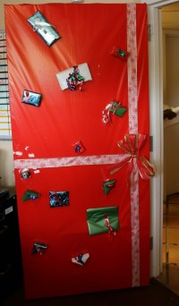 16 best images about Holiday Door Decoration Contest 2012 ...