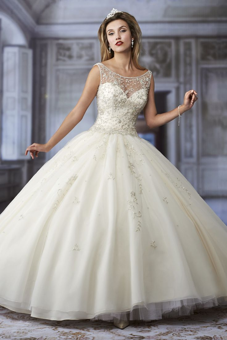 wedding wedding dressing Cinderella wedding dress Style C Wedding Planning Ideas Etiquette Bridal Guide