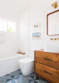 25+ Best Ideas about Mid Century Bathroom on Pinterest