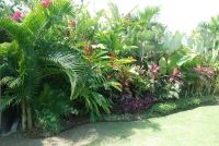 Tropical garden | Balinese Garden accessories | Pinterest ...