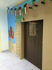 137 best images about Bulletin board and door decorations ...