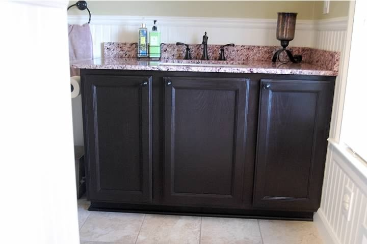 How To Stain Kitchen Cabinets Espresso Updating Oak Cabinets With Espresso Gel Stain From General