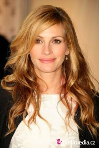 Julia Roberts -LOVE the hair!!! | Hairstyles & tips ...