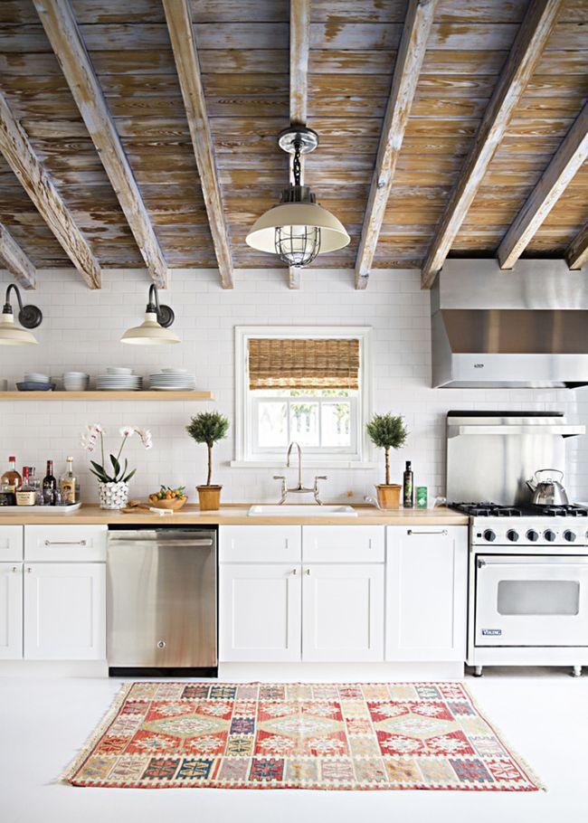 17 Best Ideas About Beach House Kitchens On Pinterest   Beach