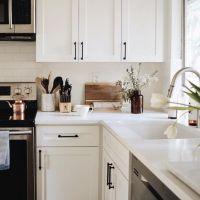 25+ Best Ideas about Kitchen Cabinet Hardware on Pinterest ...