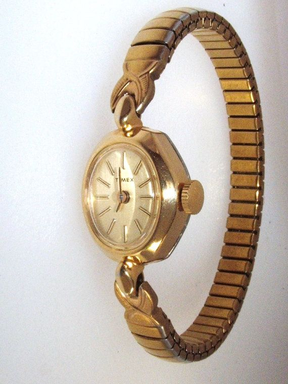 Retro Ladies 1987 Timex Wind Up Watch Gold Color With