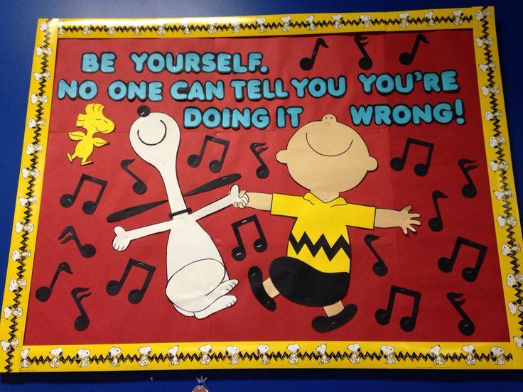 Free Snoopy Fall Wallpaper Charlie Brown Bulletin Board Ms Yadi S Kindergarten