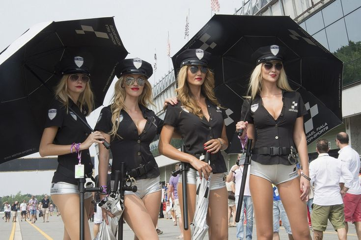 Superbike Girl Wallpaper Grid Girls Posting As Quot Pit Police Quot At A Motorsport Event