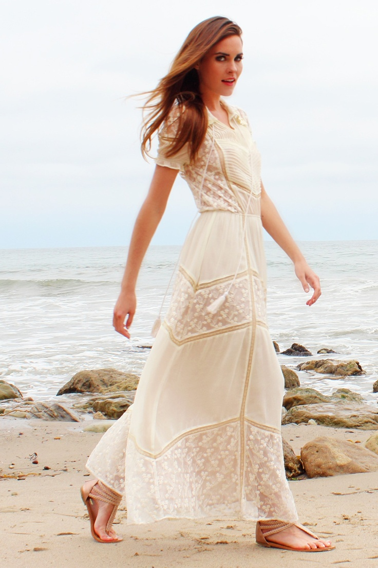 kjoler white casual wedding dresses Lace Maxi Dress Would make a cute casual bohemian wedding dress