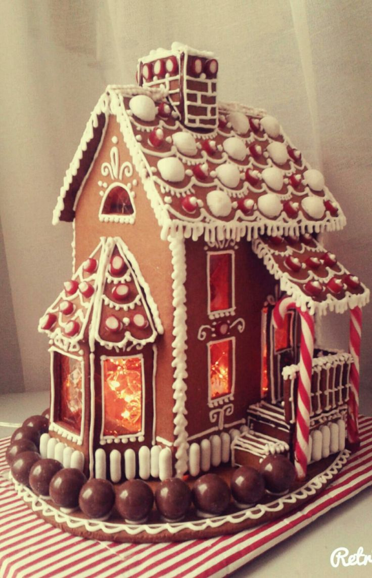 Best 25+ Gingerbread houses ideas on Pinterest