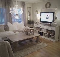 nice Cozy living room. Romantic. Rustic chic. White, cream ...