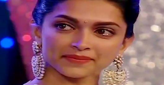 Beautiful Crying Girl Wallpapers Bollywood Actress Deepika Crying Pics Bollywood Actress