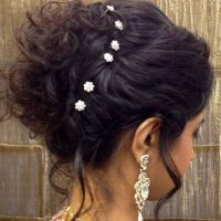 indian bridal hairstyle hair bun