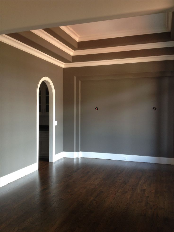 Jacobean Floors Sherwin Williams Gauntlet Gray Walls With Pure White Trim
