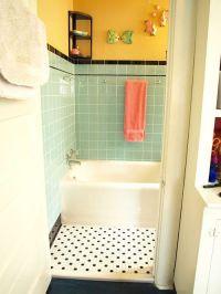 25+ best ideas about Retro Bathrooms on Pinterest   Green ...