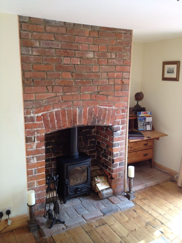 25 Best Ideas About Exposed Brick Fireplaces On Pinterest