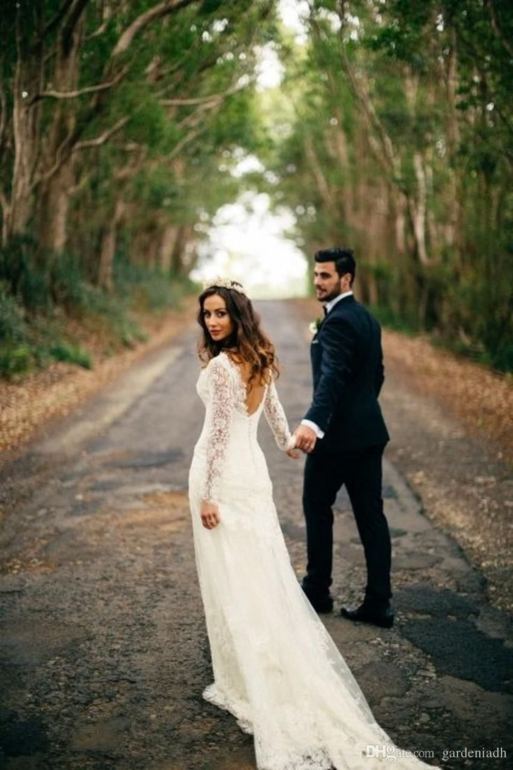 autumn wedding dresses october wedding dresses 20 Enchanting Wedding Photo Ideas for Woodland Brides