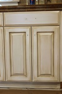 25+ best ideas about Glazing cabinets on Pinterest ...