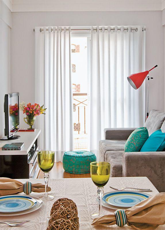 Sala cinza tinta coral cinza alpino apartamento