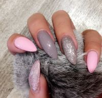 25+ best ideas about Pink Grey Nails on Pinterest | Gray ...