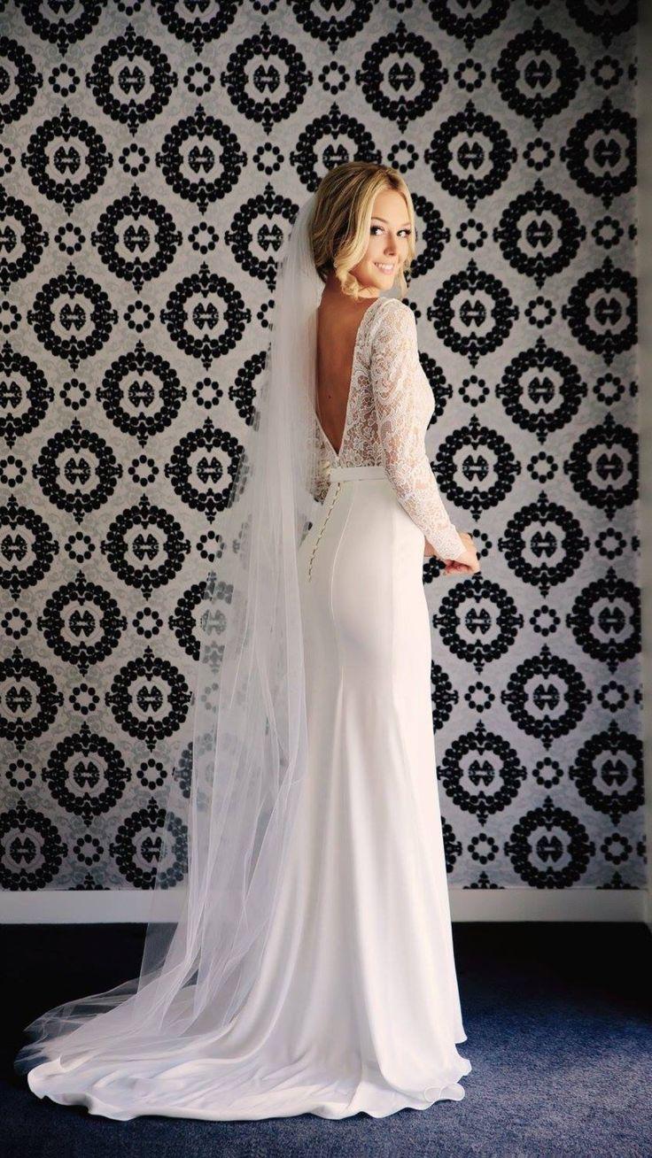 wendy makin wedding gowns second hand wedding dress Wendy Makin one of a kind dress worn in November This dress Second Hand Wedding