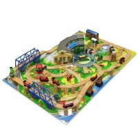Thomas & Friends Wooden Railway - Tidmouth Sheds Deluxe ...