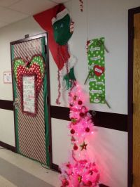 Grinch Christmas Door Decorating Contest | Classroom door ...