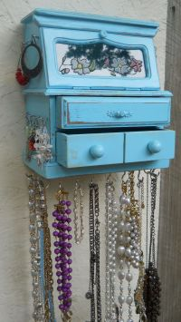 How To Build A Hanging Jewelry Box - WoodWorking Projects ...