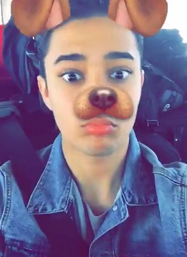 Friendship Wallpapers Of Boy And Girl 194 Best Images About Cnco On Pinterest